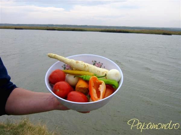pregatim legumele pentru borsul pescaresc