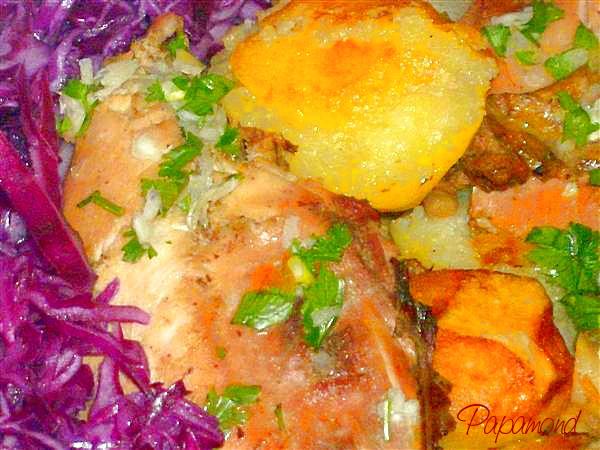 fazan cu cartofi aurii si varza rosie