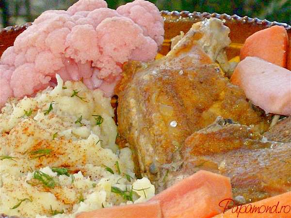 piure de telina cu carne de pui si muraturi