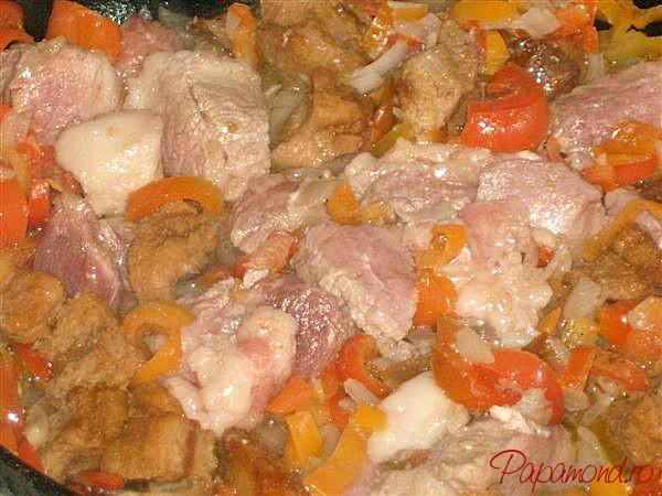 Călim ingredientele pentru varza de Bihor