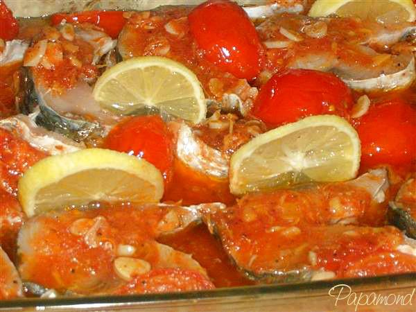 Peste la cuptor, chefal cu rosii aromate 3