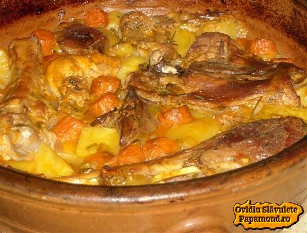carne de curcan pe cartofi
