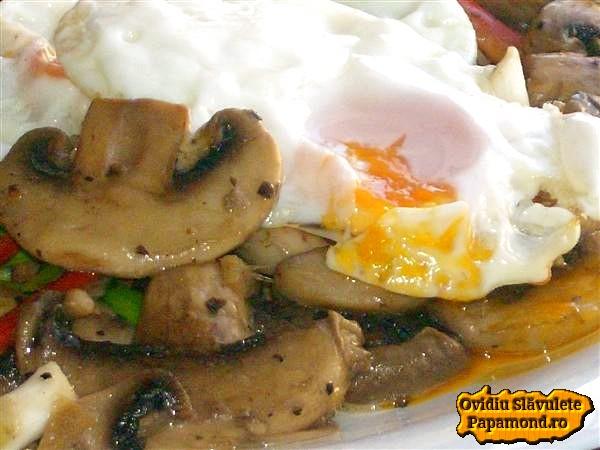 ciuperci cu oua ochiuri