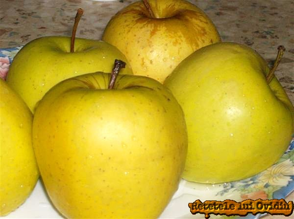 mere pentru tort de mere