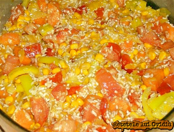 orez cu legume si pulpe de pui la cuptor