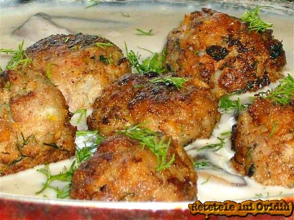 chiftele cu sos alb bechamel 1