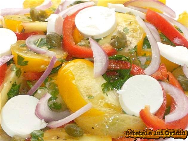 reteta de salata cu branza , rosii galbene si capere
