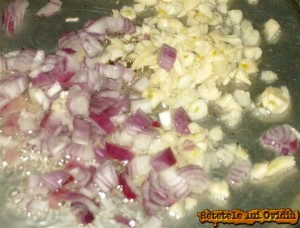 ceapa si usturoi pentru paste