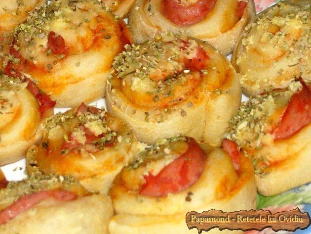 Mini pizza – o pizza mica si invartita