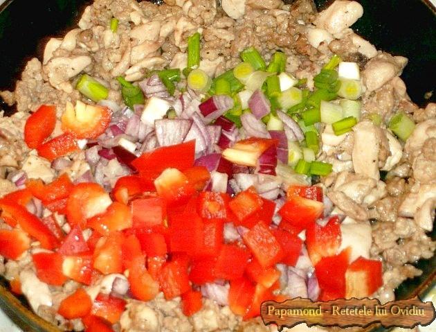 clatite cu carne la cuptor 2