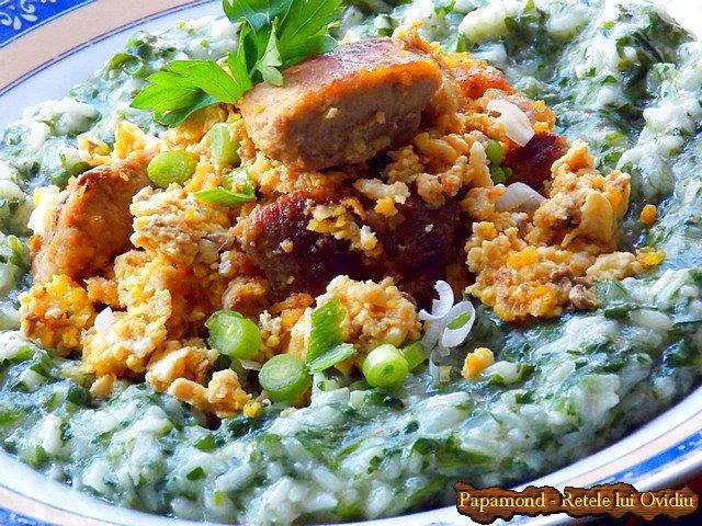 orez cu spanac si carne prajita cu oua incaierate 7