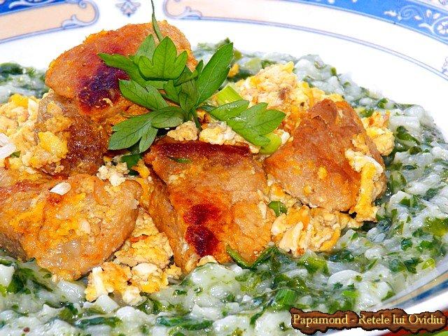 orez cu spanac si carne prajita cu oua incaierate 9