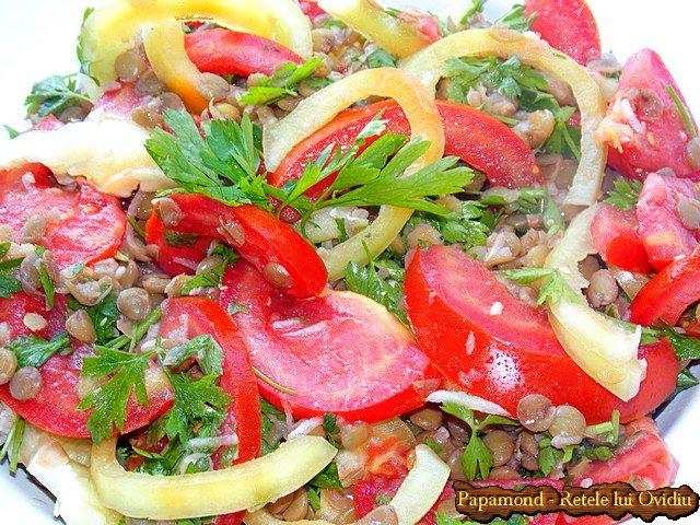 Salata cu Linte Verde, Rosii, Ardei si Patrunjel Proaspat