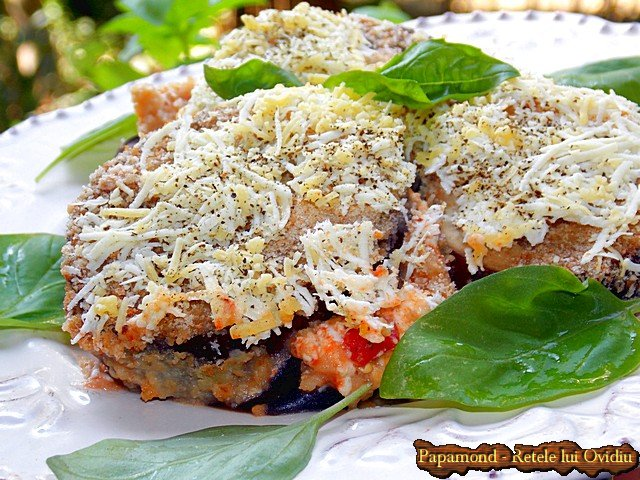 Vinete la cuptor. Tavalite prin pesmet, cu branza si sos taranesc de rosii - www.papamond.ro (11)
