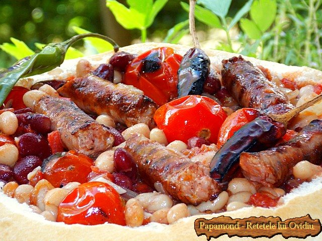 fasole prajita servita in lipie www.papamond.ro (13)