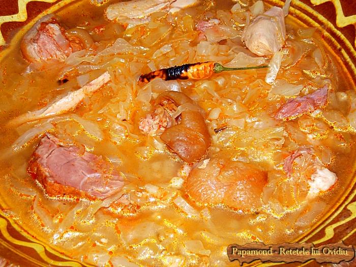 Krautsuppe. Supa de varza cu ciolan afumat si carne de curcan - www.papamond. ro (11)