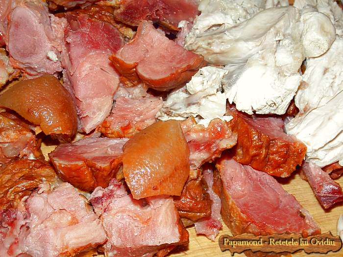 Krautsuppe. Supa de varza cu ciolan afumat si carne de curcan - www.papamond. ro (5)