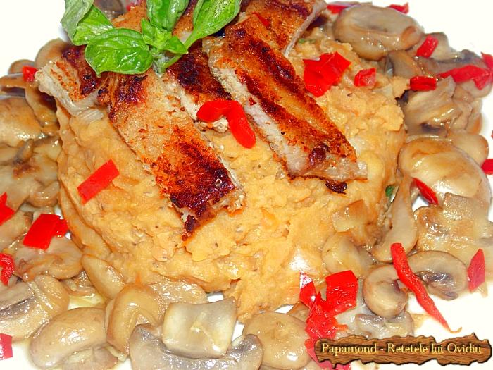 piept de pui cu piure de linte si ciuperci sote - www.papamond. ro (14)