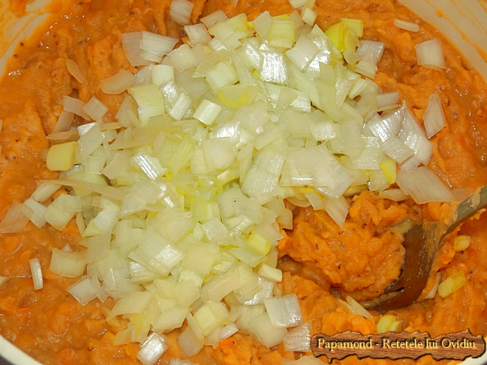 piept de pui cu piure de linte si ciuperci sote - www.papamond. ro (8)