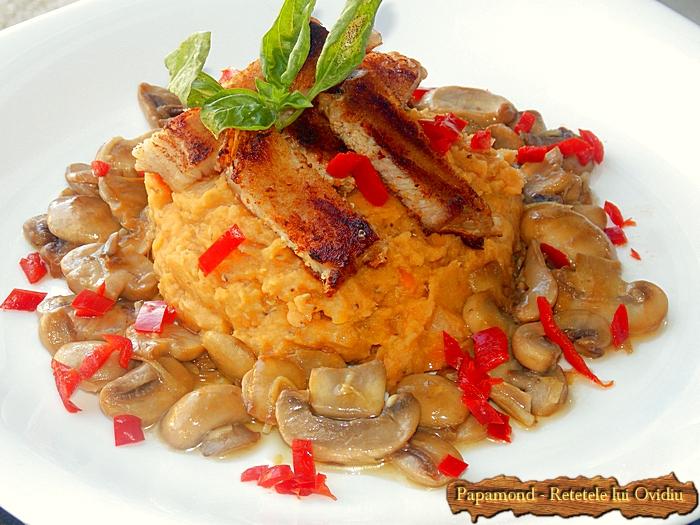 piept de pui cu piure de linte si ciuperci sote - www.papamond. ro (9)