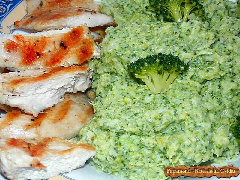 piept de pui cu piure de broccoli - www.papamond. ro (11)