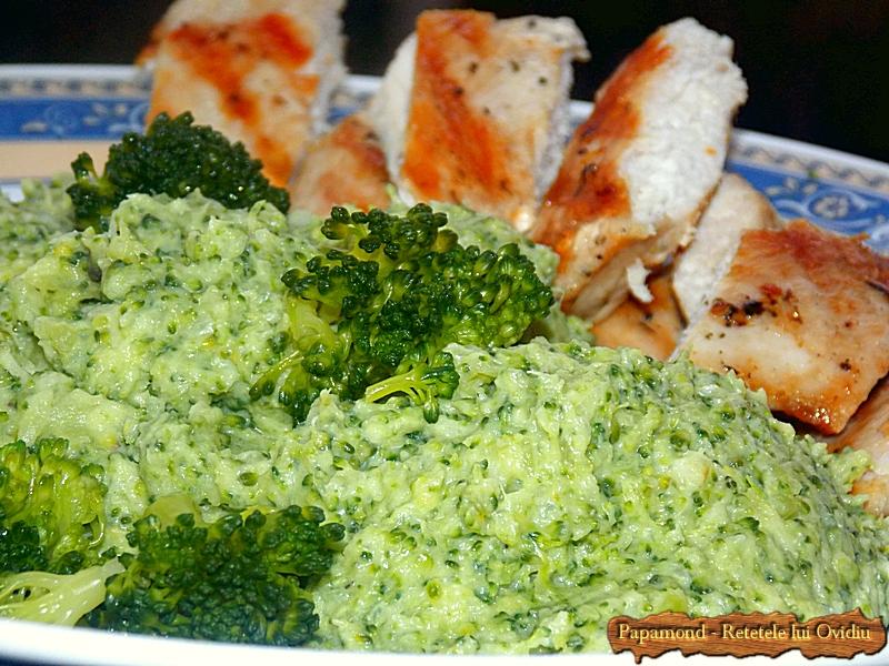 piept de pui cu piure de broccoli - www.papamond. ro (12)