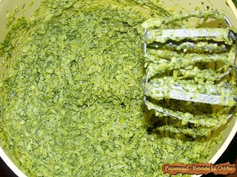 piept de pui cu piure de broccoli - www.papamond. ro (4)