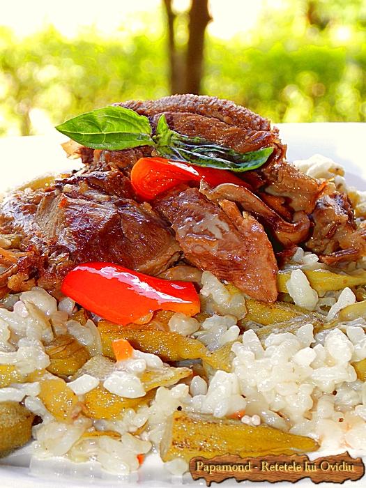 Mancare de bame cu orez si carne