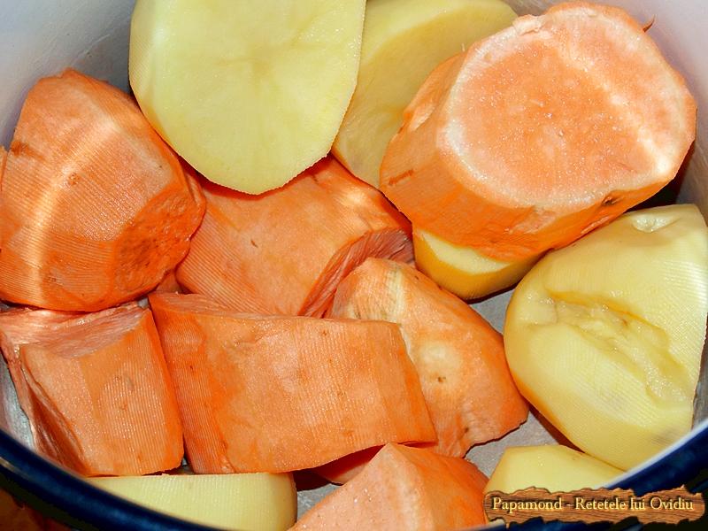 Friptura de Porc in Sos de Vin. Cu Cartofi Dulci (6)