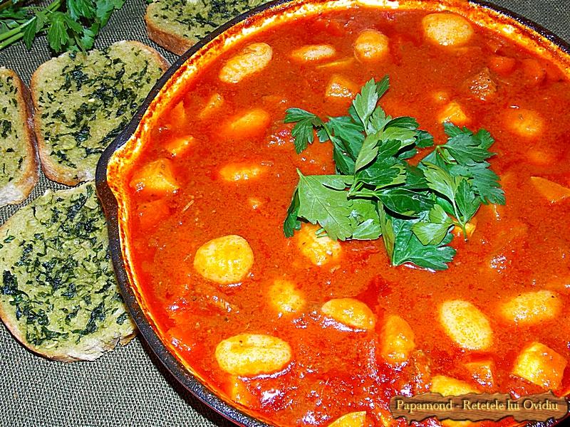 Carne de vita cu gnocchi in sos de rosii (14)