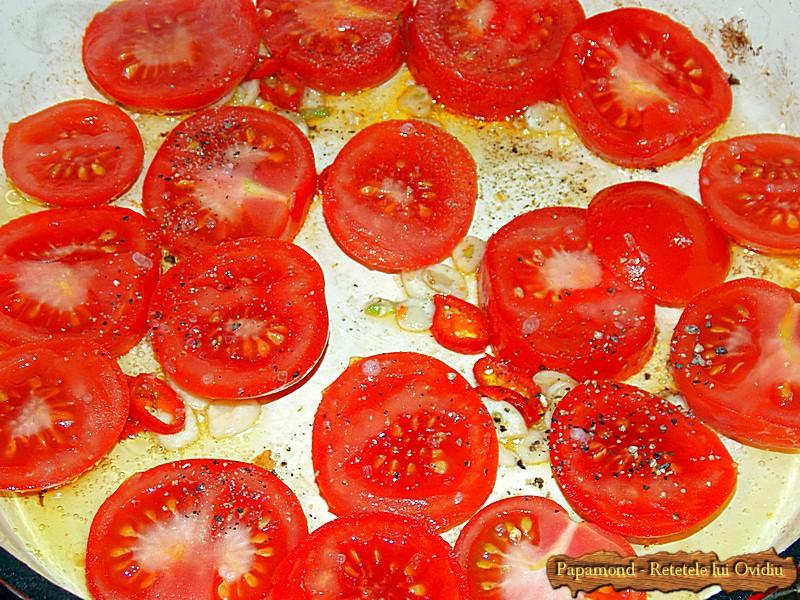 Ciuperci cu Rosii Trase la Tigaie (2)