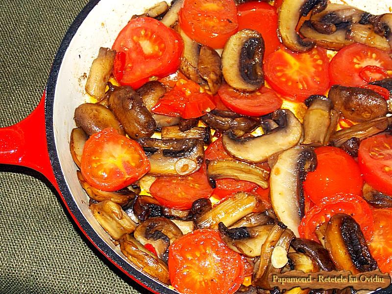 Ciuperci cu Rosii Trase la Tigaie (4)