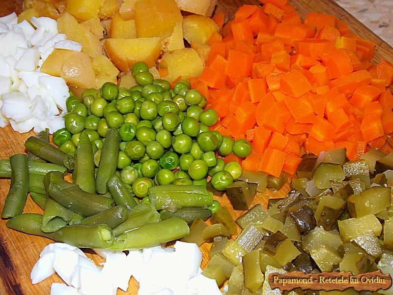 Salata ruseasca. A la russe (1)