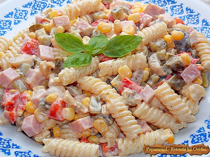 Salata de Paste si Sunca cu Maioneza