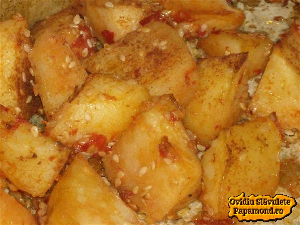 cartofi picanti la cuptor