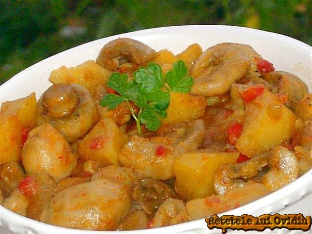 gulas de ciuperci si cartofi